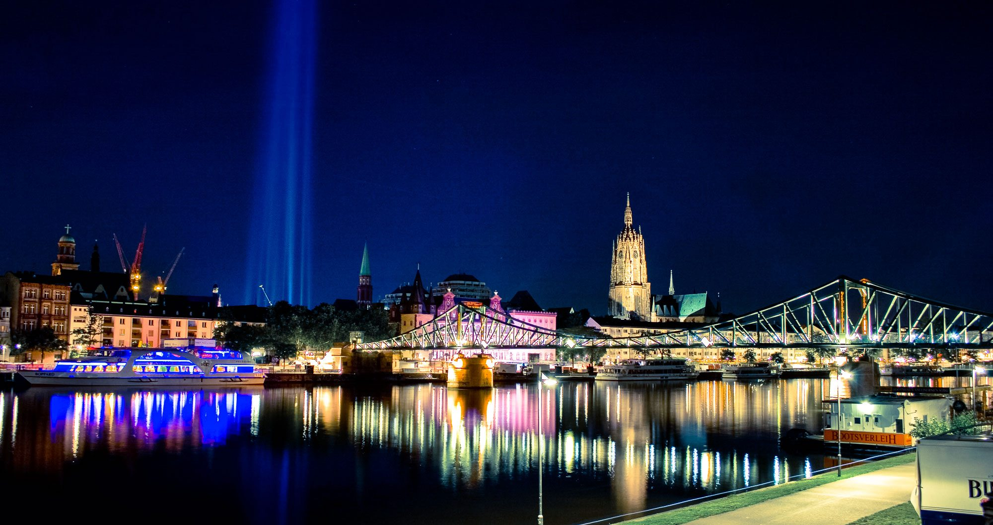 Frankfurt at night time - an amazing location with fantastic night life for those on a sports tour to Germany