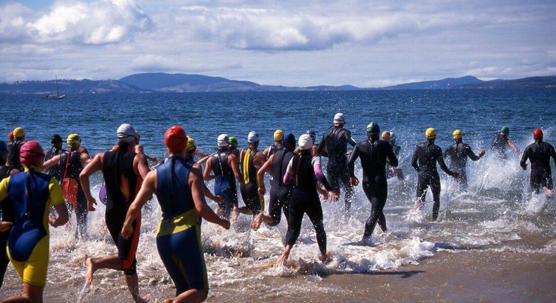 Triathlon open water swimming