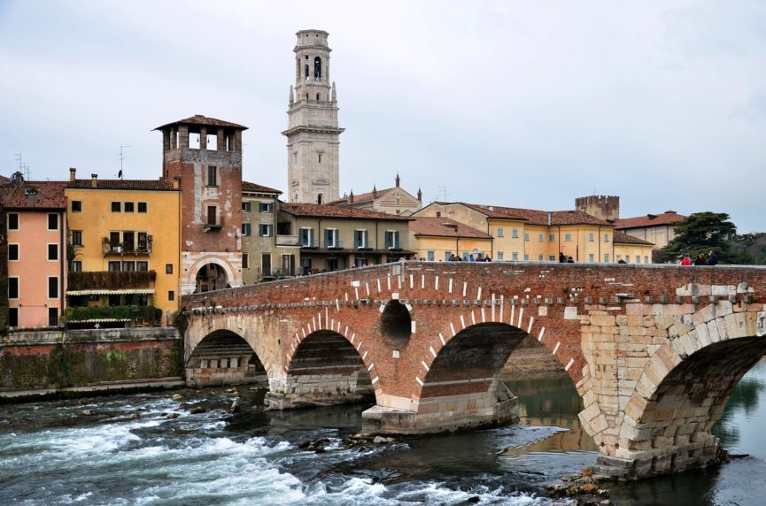 Swimming tour to Verona